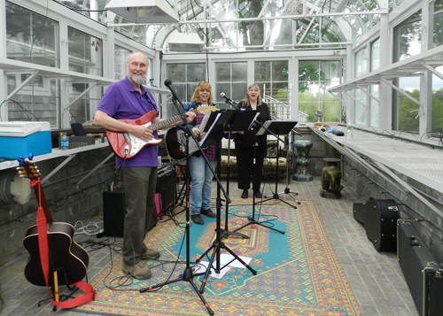 Music by the Riverstone trio