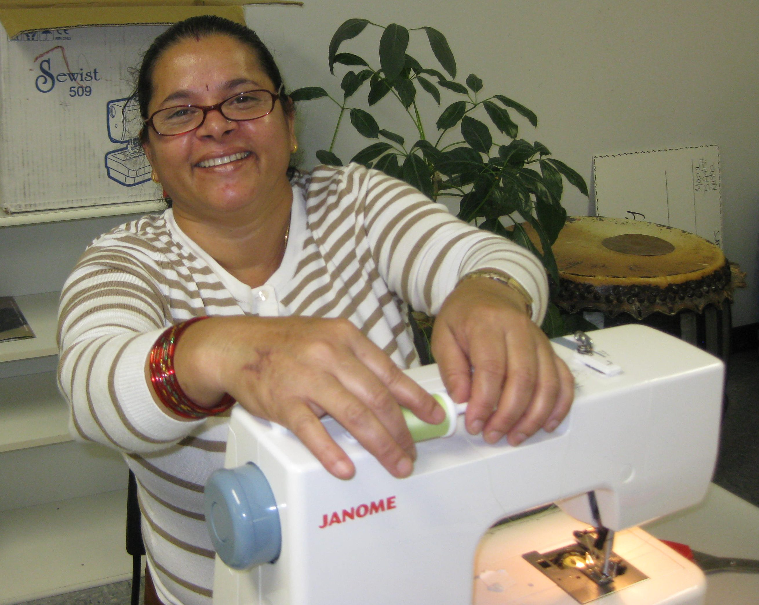 Sewing class - threading a machine
